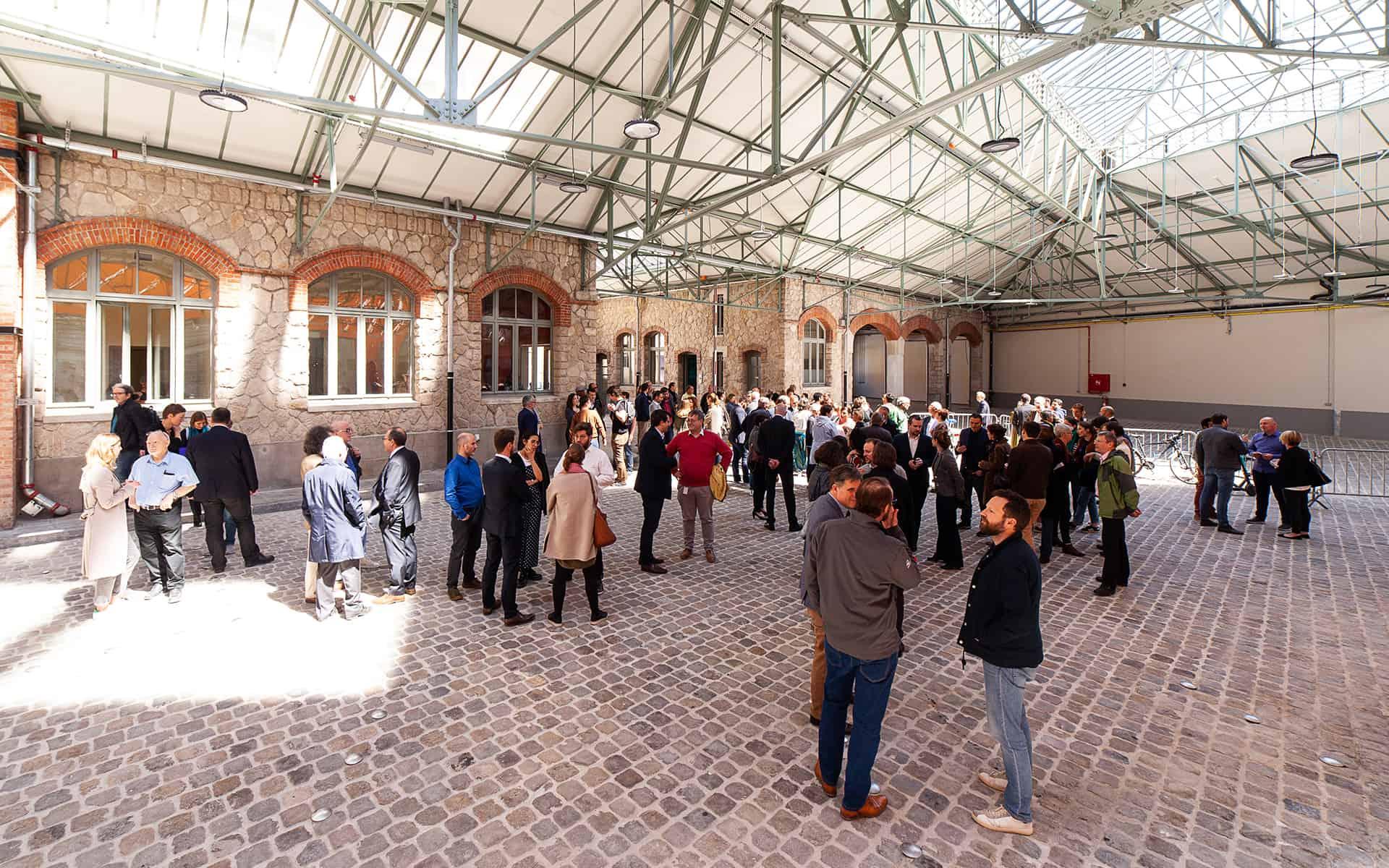 be-here-inauguration-courtyard